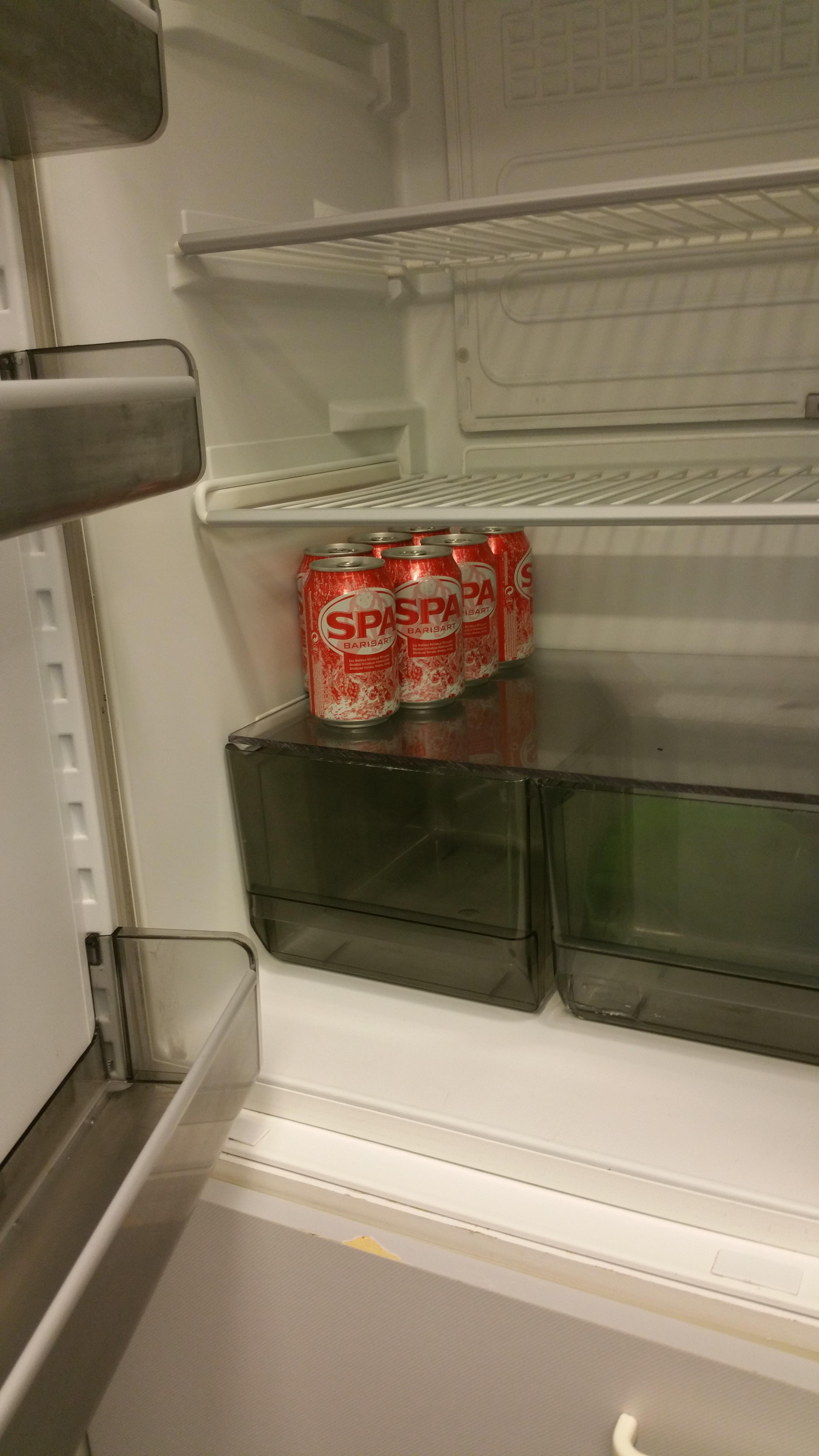 unive koelkast schoon